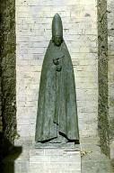 Cardinal Standing - Documenta II