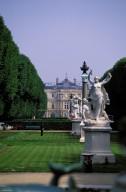 Jardin du Luxembourg: L'Avenue de l'Observatoire