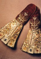 Embroidered Mittens