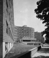 Massachusetts Institute of Technology: Baker Dormitory