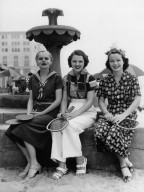 June Travis, Marie Wilson, and Carol Hughes