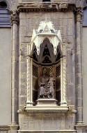 Orsanmichele: Niche of Madonna of the Rose