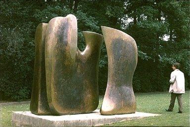 Sculpture Knife Edge