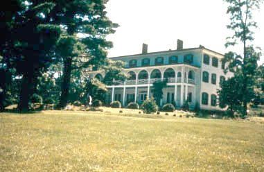 Woodfield Inn