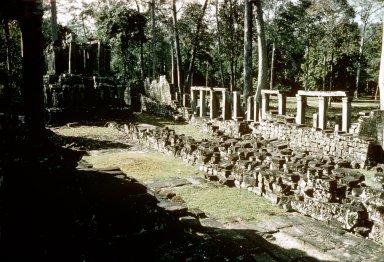 Angkor: Angkor Thom: Bayon