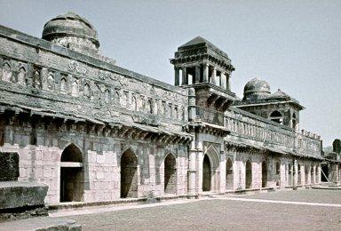 Jahaj Mahal (Ship Palace)