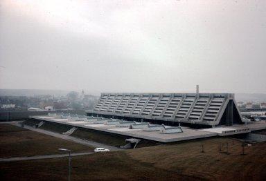 Thomas Glass Factory