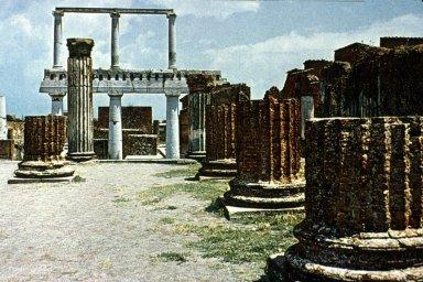 Forum at Pompeii: Basilica