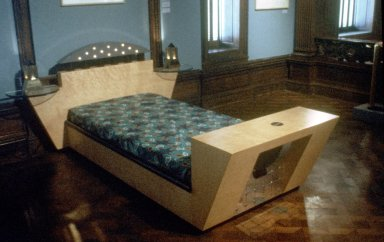 Stanhope Bed