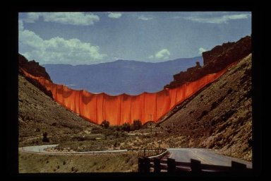 Valley Curtain