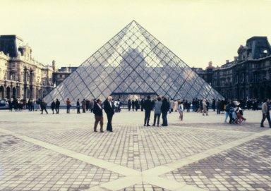 Grands Pyramides du Louvre