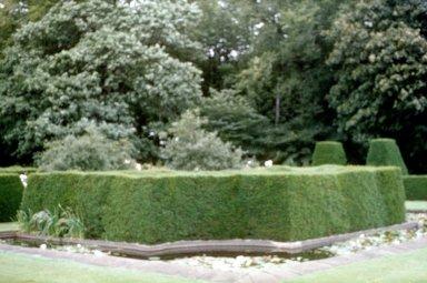 Renishaw Hall and Gardens