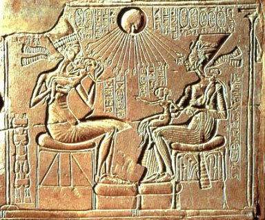 Royal Family: Akhenaten, Nefertiti and Daughters