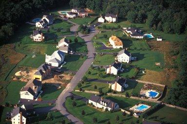 Upper Income Cul-de-Sac Community, Billerica, Massachusetts
