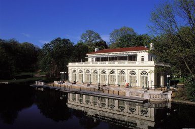 Prospect Park: Boathouse