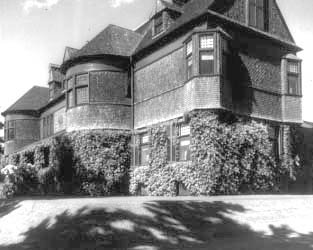 Robert W. Goelet House