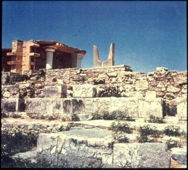 Palace of King Minos: Propylaeum (South)