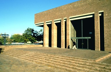 Cleo Rogers Memorial County Library