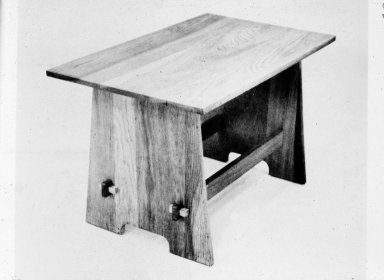 Craftsman Furniture: Child's Table