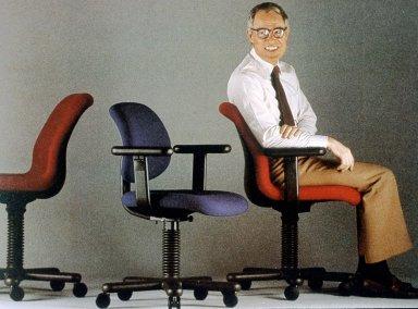 Diffrient Advance Chair