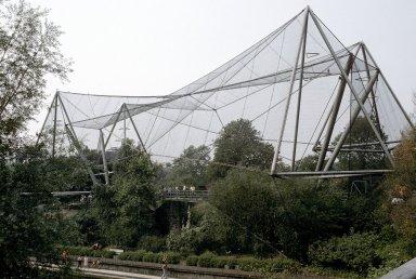 London Zoo: Aviary