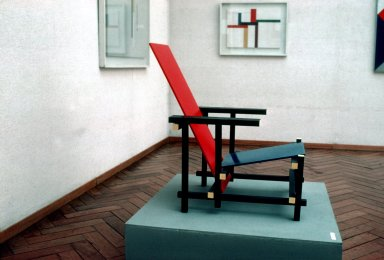 Red-Blue Chair