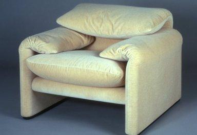 Maralunga Lounge Chair