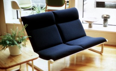 Knoll High Back Settee