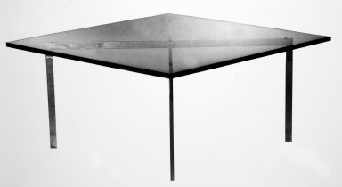 Tugendhat Table