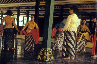 Dancers Wearing Batik with Traditional Patterns at the Sultan's Palace