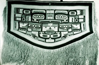 Chilkat Blanket Depicting a Raven