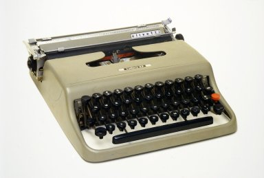 Olivetti Lettera 22 Portable Typewriter