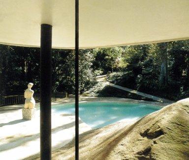 Oscar Niemeyer House at Canoas