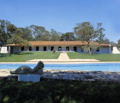Oscar Niemeyer House