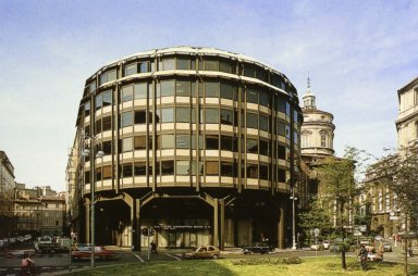 Piazza Meda Office Building