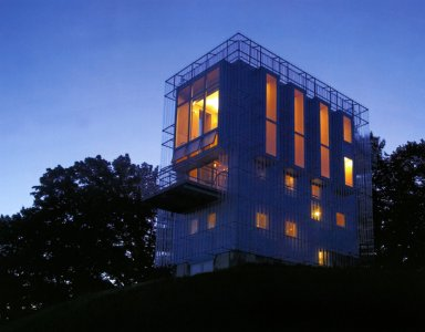 Chamleon House