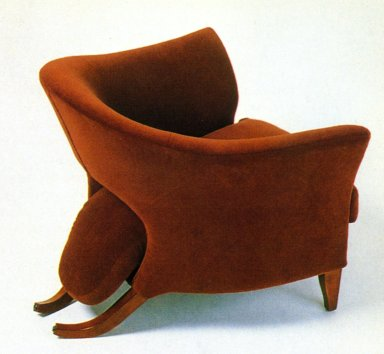 Tongue Chair
