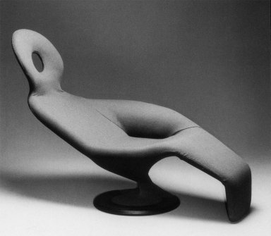 Mrs. Emmenthaler Chaise Longue