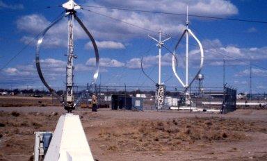 Phi-Configuration Wind Turbines