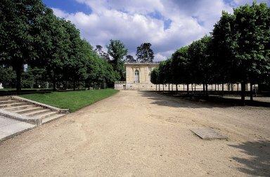 Versailles: Grand Trianon Gardens