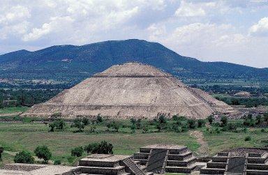 Teotihuacan: Pyramid of the Sun