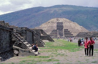 Teotihuacan: Avenue of the Dead