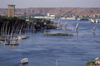 Aswan: Topographic Views