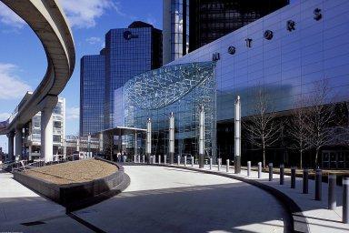 Renaissance Center: Jefferson Street Entrance