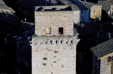 San Gimignano: Fortified Tower Houses