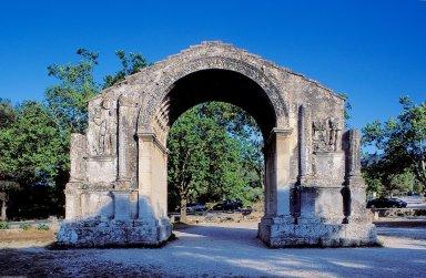 Glanum: Triumphal Arch