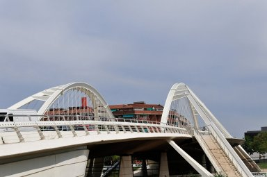 Bac de Roda Bridge