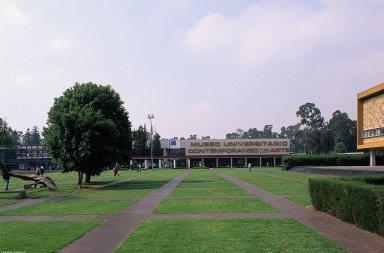 Ciudad Universitaria: Registration Building
