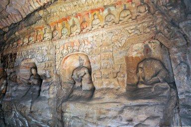 Yungang Grottoes: Cave 2