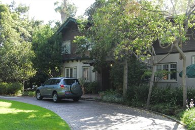 Craftsman Houses in Arroyo View Neighborhood, Pasadena